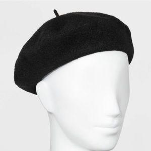 Women's felt beret knit hat